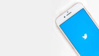 twitter-launches-promoted-trend-spotlight-–a-new-takeover-ad-unit-in-the-expore-tab